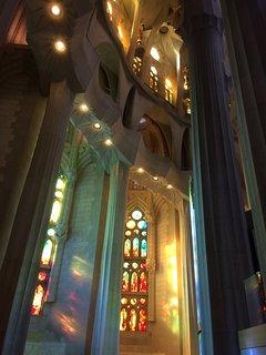 Sagrada Familia, nel tardo pomeriggio, nuvoloso