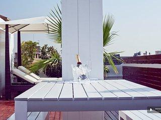Stunning 2 bedroom Apartment in Barcelona (FC2887)