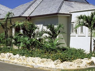 Battaleys Mews 11 - Blue Jacaranda  # Near Ocean - Located in  Tropical St. Pete
