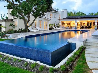 Villa Casablanca # Near Ocean - Located in  Fabulous Sandy Lane with Private Poo