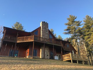 Journey's End, Beautiful Cabin suite, 20 Min from Asheville