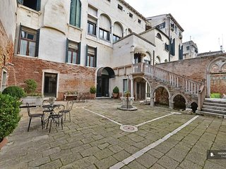 Excellent 3 bedroom Apartment in Venice  (FC9666)