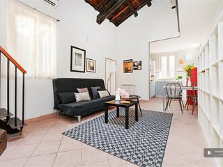 Excellent 3 room House in Roma