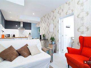 Sparkling 3 bedroom Apartment in Madrid (F5388)