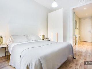 Sparkling 3 bedroom Apartment in Barcelona (F6757)
