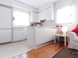 Wonderful 2 bedroom Apartment in Madrid (F4245)