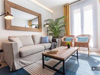 Magnificent 3 bedroom Apartment in Madrid (F4136)