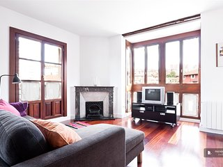 Superb 3 bedroom Apartment in Bilbao (F6184)