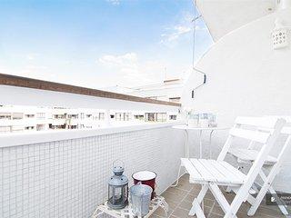 Splendid 2 bedroom Apartment in Madrid (F8566)
