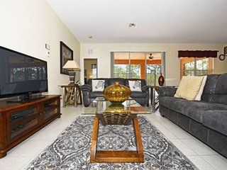 163TC. Gorgeous 5 Bedroom 4 Bath Watersong Resort Pool Home
