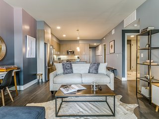 Gorgeous 2BR/2BA in Uptown Dallas