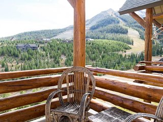 Rustic-chic ski-in/ski-out townhome with a shared pool and private hot tub