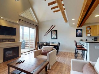 NEW LISTING! Ski-in/out townhome w/ membership access to shared pool & hot tub