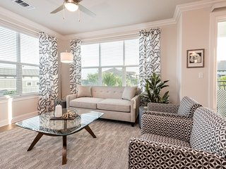 Adorable Orlando Apartment 2BR/2BA, Universal, Disney, Pool, Gym