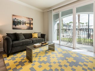 Magical Orlando Apartment 2BR/2BA, Universal, Disney, Pool, Gym