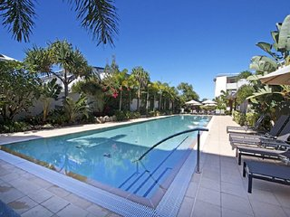 BAL1210 KINGSCLIFF 3 BEDROOM APARTMENT WITH VIEWS