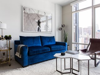 Sophisticated 1BR | Gym | Downtown by Lyric