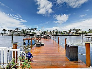 Waterfront 4BR w/ Heated Pool, Spa, Private Dock, Covered Patio & Billiards