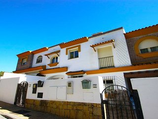 3 Bed Townhouse in La Aldaba, Benahavis