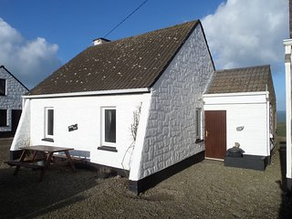 Doonbeg Holiday Cottage Type A - 3 Bed - Sleeps 6