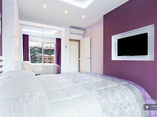 Excellent 4 bedroom Apartment in Barcelona (FC4500)