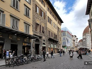 Sparkling 2 bedroom Apartment in Florence  (FC9969)