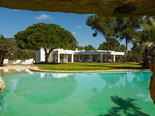 6 bedroom Villa in Sant Francesc de s'Estany, Balearic Islands, Spain : ref 5626