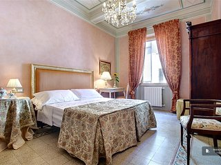 Excellent 5 bedroom House in Firenze  (FC1782)