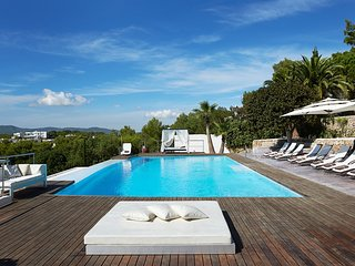 6 bedroom Villa in Playa de Talamanca, Balearic Islands, Spain : ref 5626396