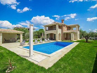 4 bedroom Villa in Labinci, Istria, Croatia : ref 5628640