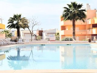 2BR Cosy Wifi Penthouse Terrace Sea View Royal Cabanas Golf