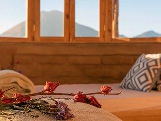 Rose Cabin * Eagle's Nest