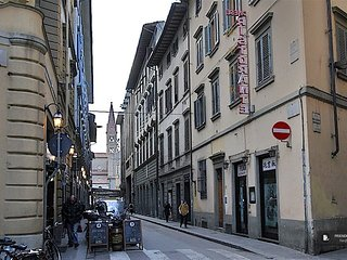 Exquisit 2 bedroom Apartment in Florence  (FC6194)
