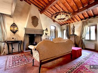 Excellent 3 bedroom Apartment in Florence  (FC8933)