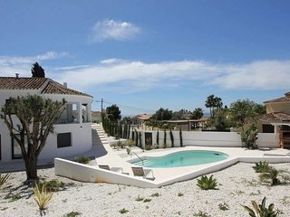 SPECTACULAR 5 bedroom villa WITH SEA VIEWS in el Rosario