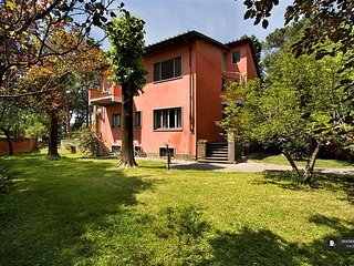 Superb 3 bedroom Apartment in Florence  (FC0750)
