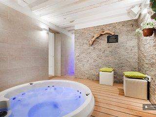 Lovely 3 bedroom Apartment in Venezia