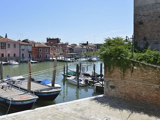 ARSENALE CANAL VIEW 2