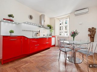 Sparkling 2 bedroom House in Roma