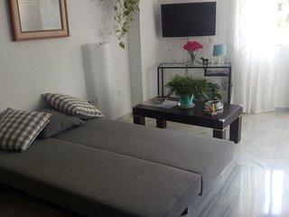 fantástico y reformado apartamento en benalmadena costa,