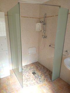 New big shower ground floor