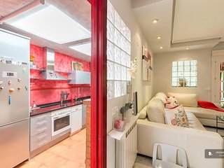 Sparkling 2 bedroom Apartment in Madrid (F1460)