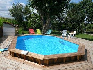 Grand gite ecologique  avec piscine et jacuzzi