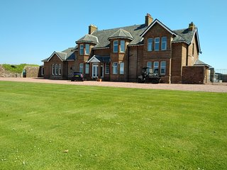 St. Andrew's House, North Wing, KA9 1UH -3bed  beach, golf, walking, cycling