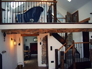 Rosie's Barn - a romantic retreat, pet friendly, near Ullswater