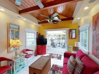 NEW LISTING! Cozy condo with free WiFi & fantastic location in central Key West