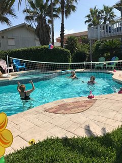 Pool Party Time