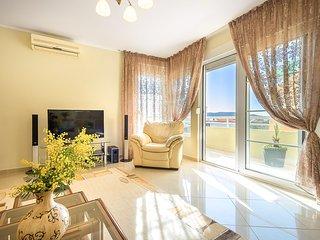 Appartamento con 3 camere da letto vicino al mare