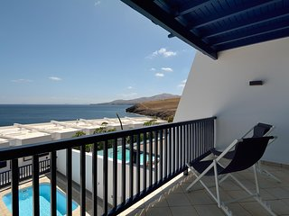 Villa Kentia 3 Bedroom Villa with Private heated Pool just meters from the sea