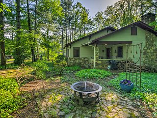 Tree Haven-Asheville Area Romantic Winter Retreat!